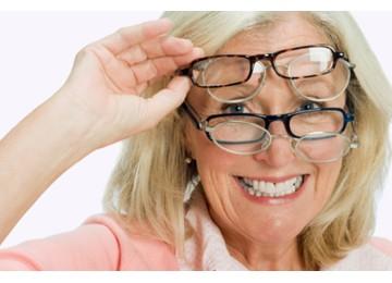 Как продлить здоровье глаз пожилым людям?
